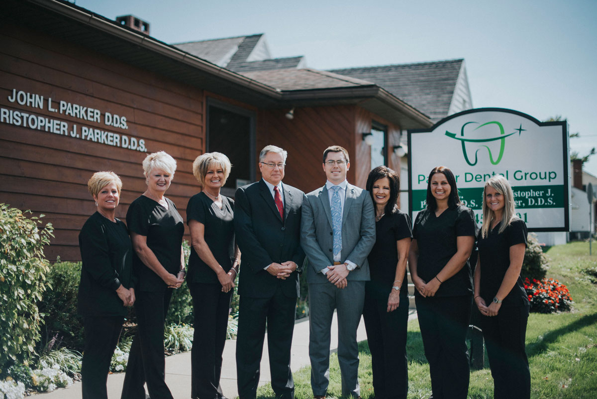 Parker-Dental-Group-Zanesville-Ohio-Office-team